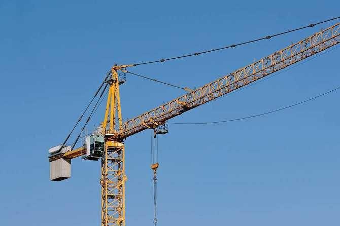 塔吊打工人的安全如何保障?全球共德新品打造智慧工地新防线